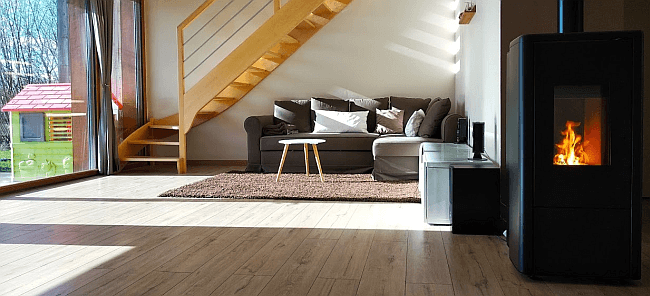 po les granul s connect s la commande distance. Black Bedroom Furniture Sets. Home Design Ideas