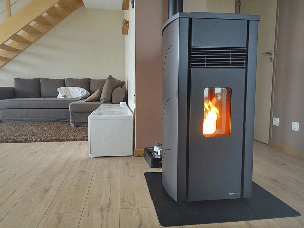 test du po le granul s palazzetti lia option wifi conseils thermiques. Black Bedroom Furniture Sets. Home Design Ideas