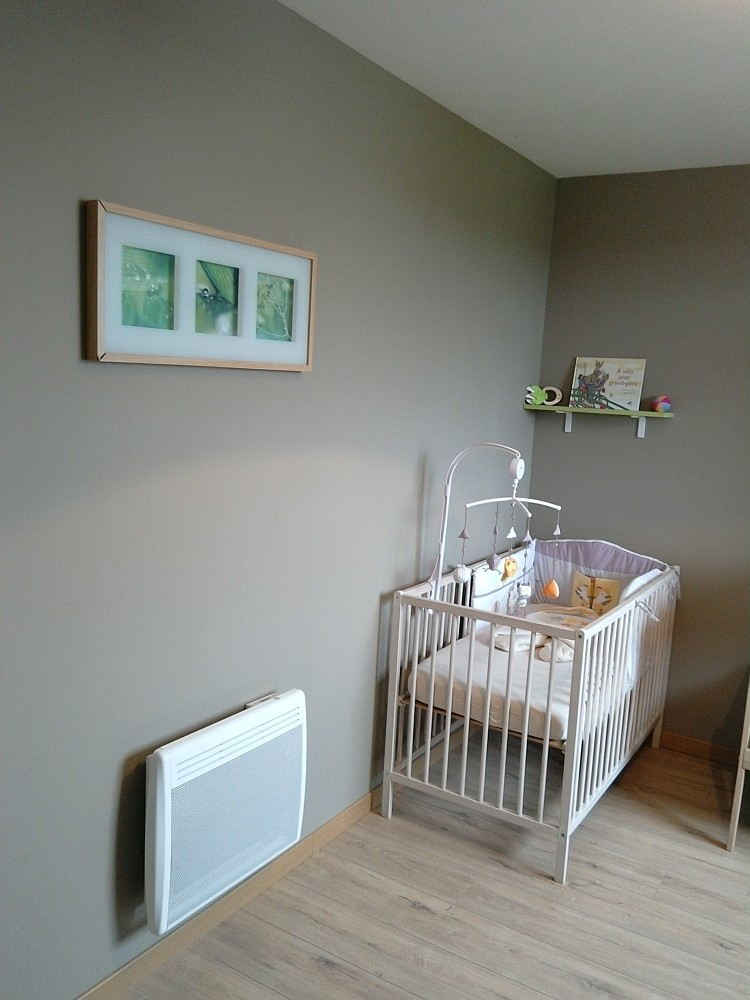 panneau rayonnant cayenne cayenne radiateur avis panneau. Black Bedroom Furniture Sets. Home Design Ideas